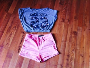 Cali top w pink shorts