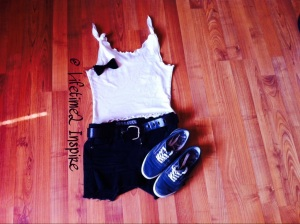 Crop tank w black shorts